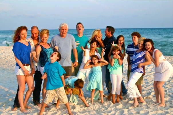 huge family ile ilgili görsel sonucu